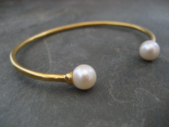 double pearl cuff bracelt