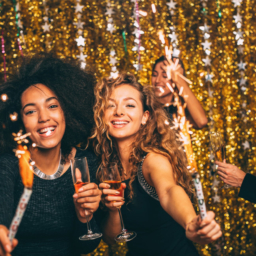 New Year's Eve Looks Inspired By Our Favorite Fashion Bloggers from http://the-e-tailer.com/