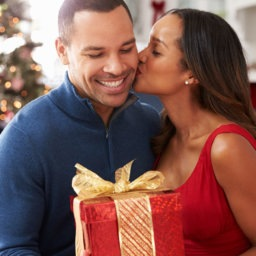9 Last-Minute Gifts for Your Guy | The-E-Tailer.com/Blog